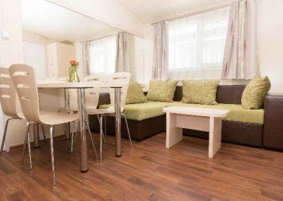 mirabella_camping_eurocomfort_mobilhaz_nappali